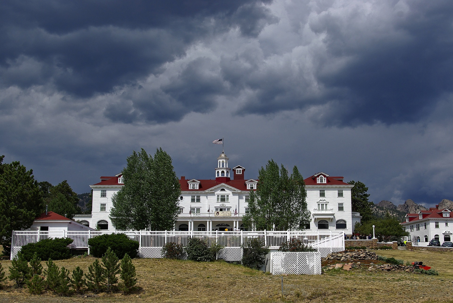 stanley hotel, most haunted places