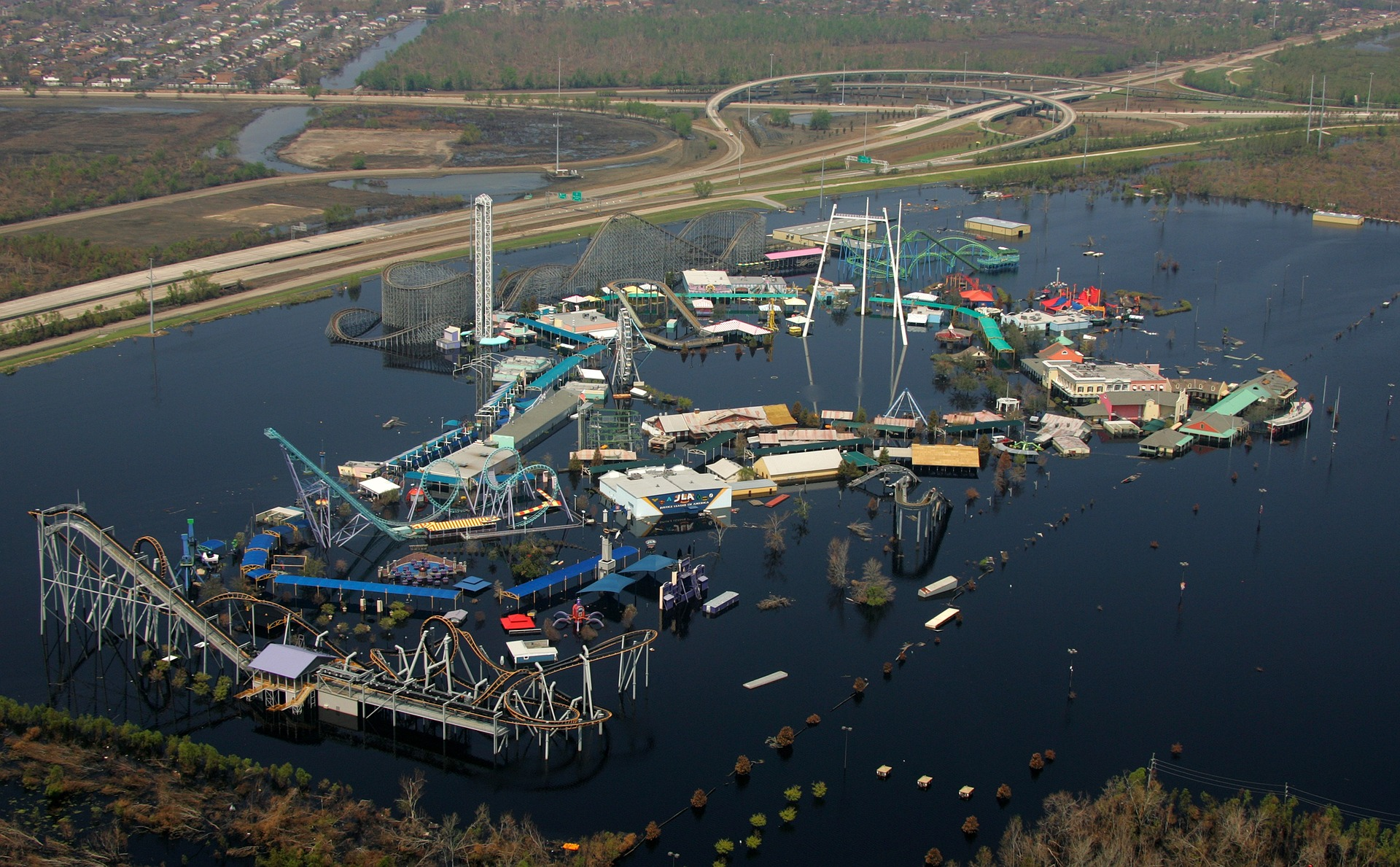 Six Flags New Orleans, Hurricane Katrina