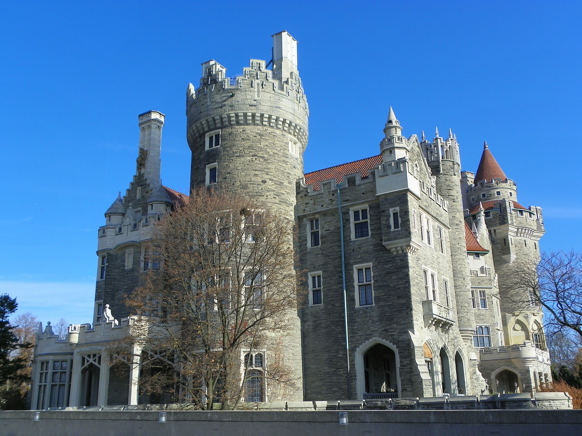 casa loma, most haunted places