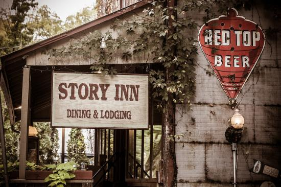 The Story Inn, Haunted place in Indiana