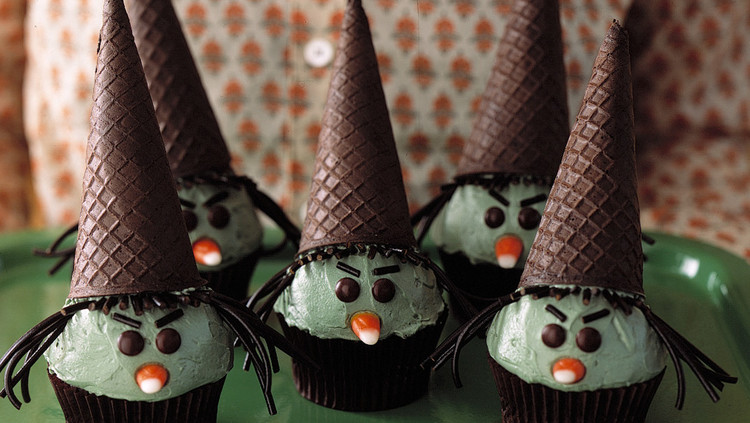 witch, cupcake, ice cream cone, halloween food